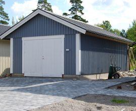 Carporten.se har 55 st standardmodeller av carport, garage, attefallshus och friggebodar. Vi kan även leverera allt inom bygg.